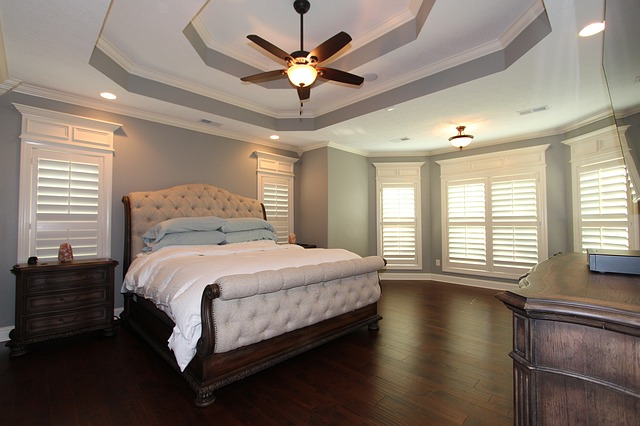 Designing Your Perfect Master Bedroom With Reclaimed Wood,What Color Paint For Bathroom